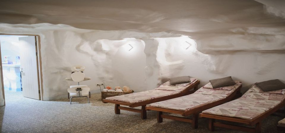 What are The Benefits of Salt Room Therapy?